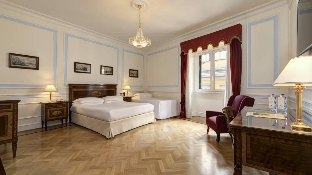 Hotel Quirinale Rome Triple Room
