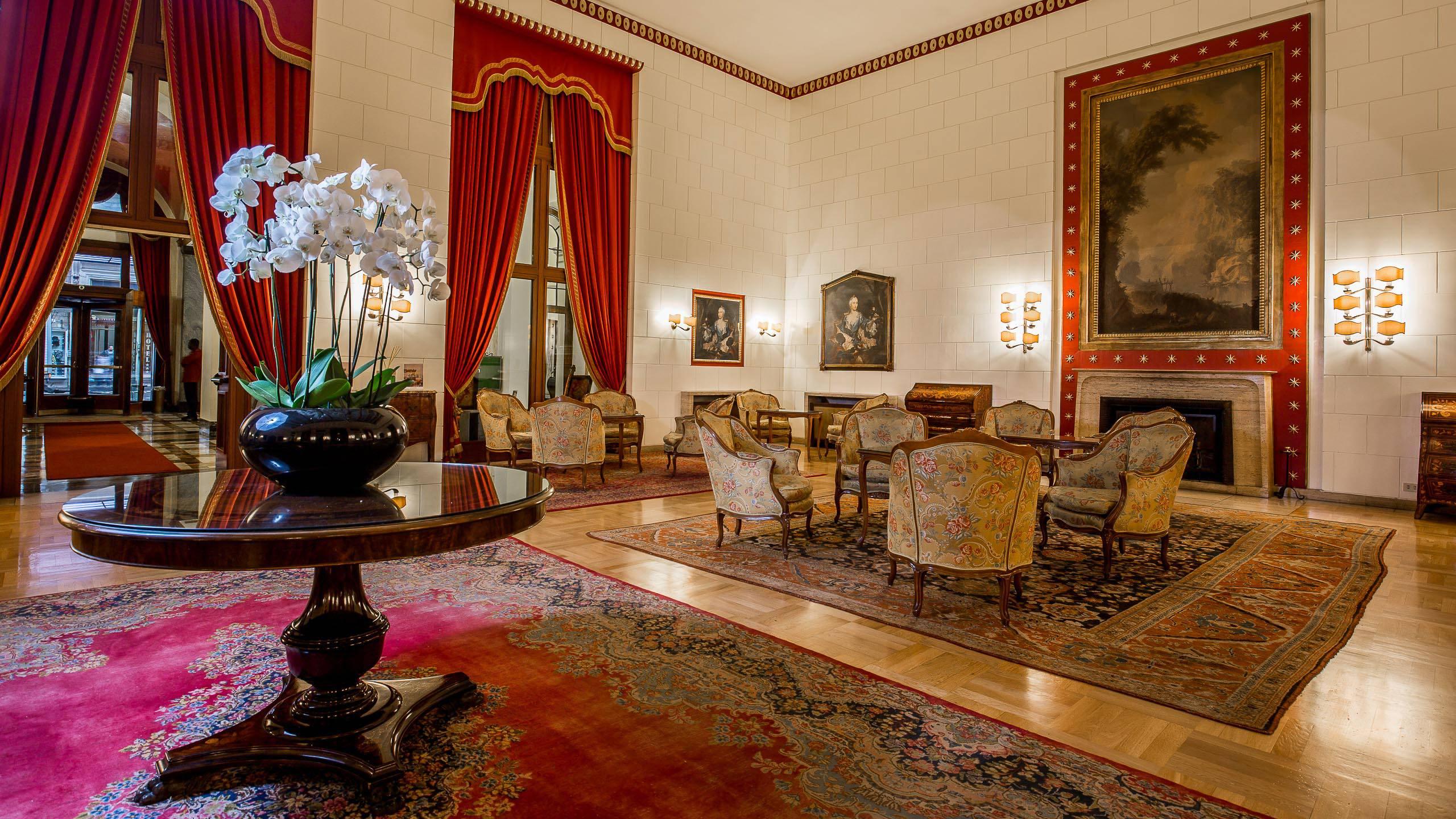 Hotel-Quirinale-Rome-hall-0118